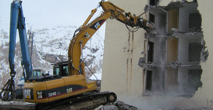 For the demolition of the Kalinda in Tignes